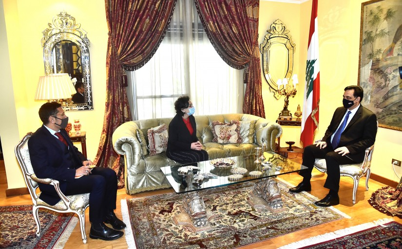 Pr Minister Hassan Diab meets Mrs Najat Roushdi with a Delegation