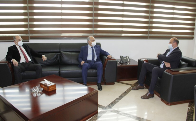 Minister Hassan Hamad meets MP Billal Abdullah
