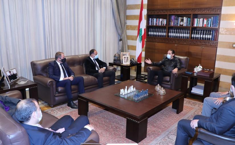 Pr Minister Saad Hariri meets a Delegation from IDAL