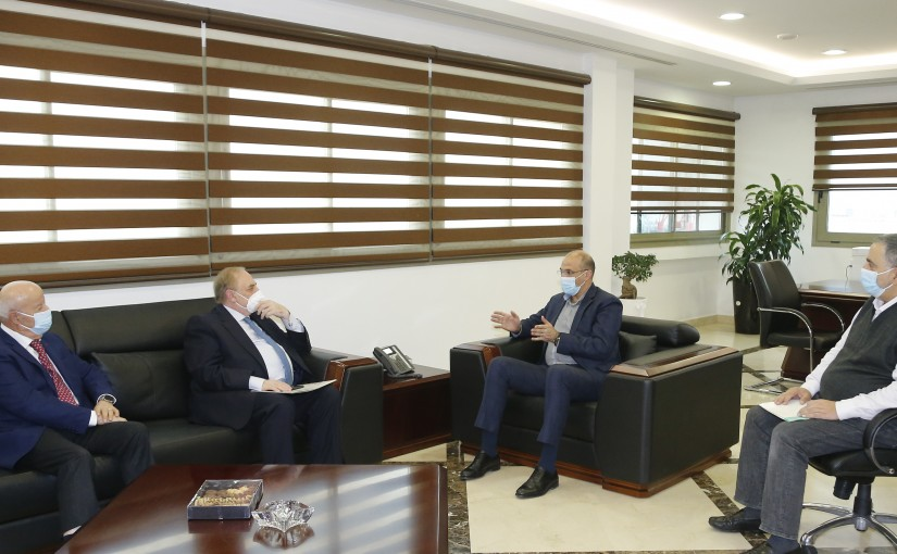 Minister Hassan Hamad meets MP Farid Boustani with a Delegation