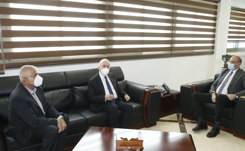 Minister Hassan Hamad meets a Delegation from Jbeil Municipality