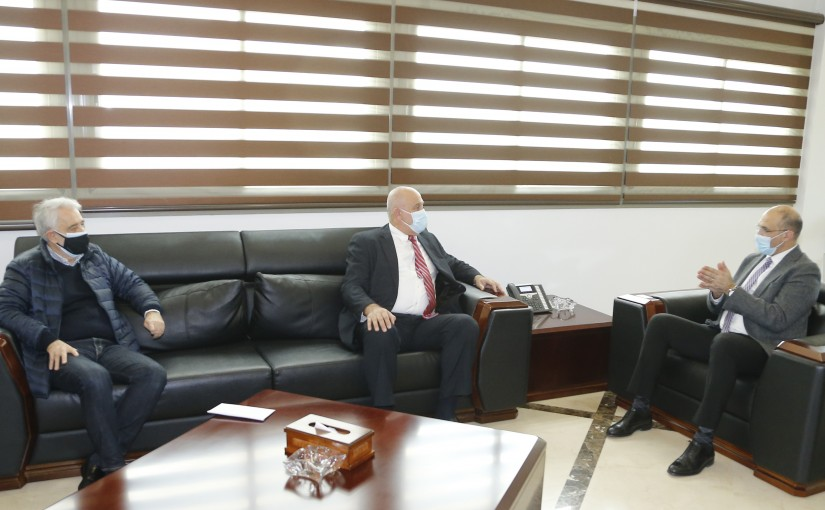 Minister Hassan Hamad meets Minister Imad Heballah