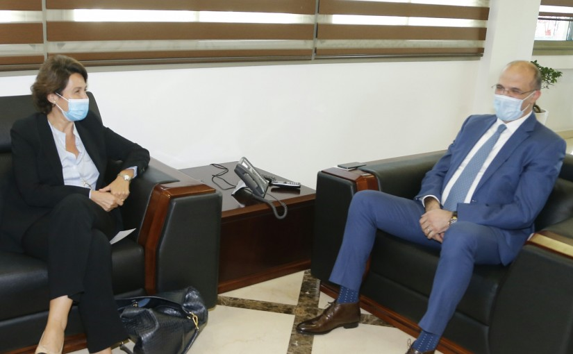 Minister Hassan Hamad meets French Ambassador