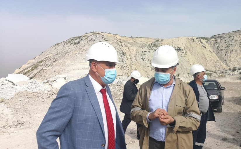 Minister Imad Heballah Visits Sabeh Ciment Factory