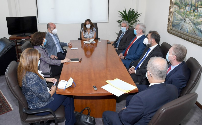 Minister Zeina Akkar meets a Delegation from Employees of Ministry of Foreign Affairs