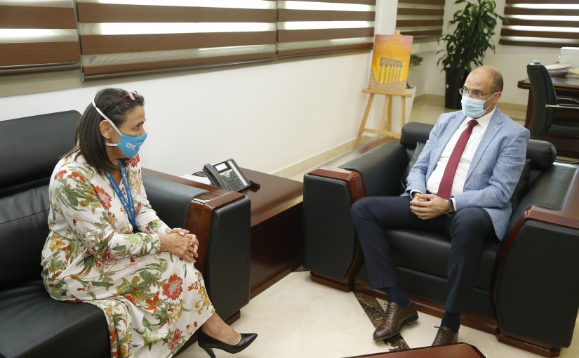 Minister Hassan Hamad meets a Delegation from UNICEF