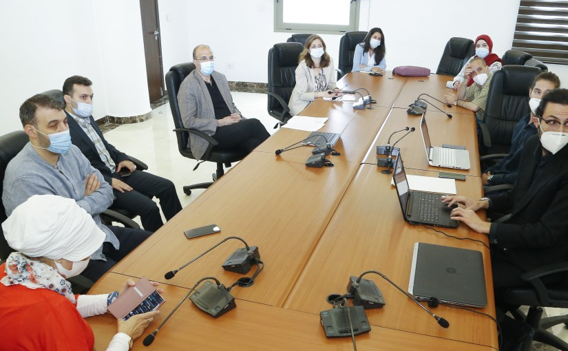 Minister Hassan Hamad meets a Delegation from Ministry of Health Employees