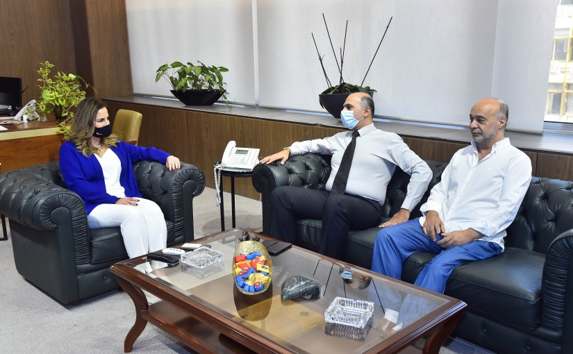 Minister Manal Abdel Samad meets a Delegation from Ghraphic Design Syndicate