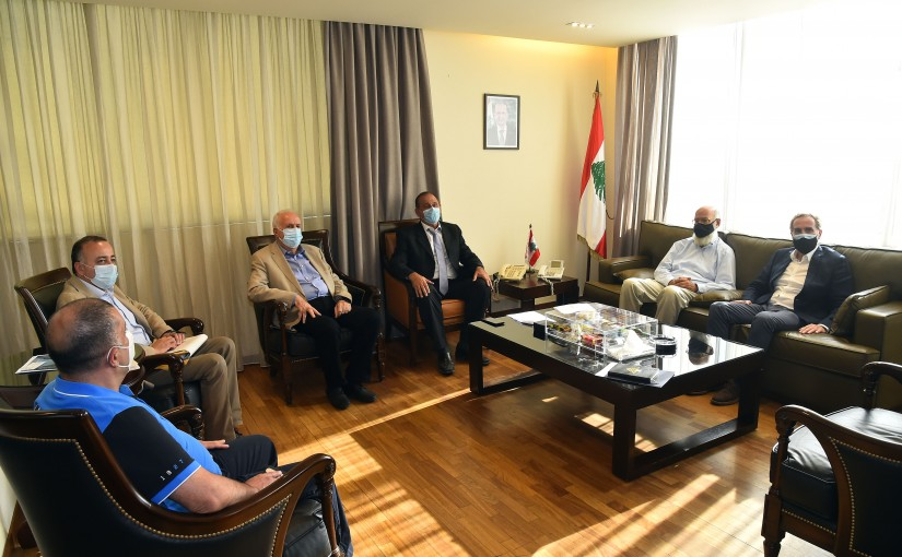 Minister Imad Heballah meets a Delegation from Ciment factories