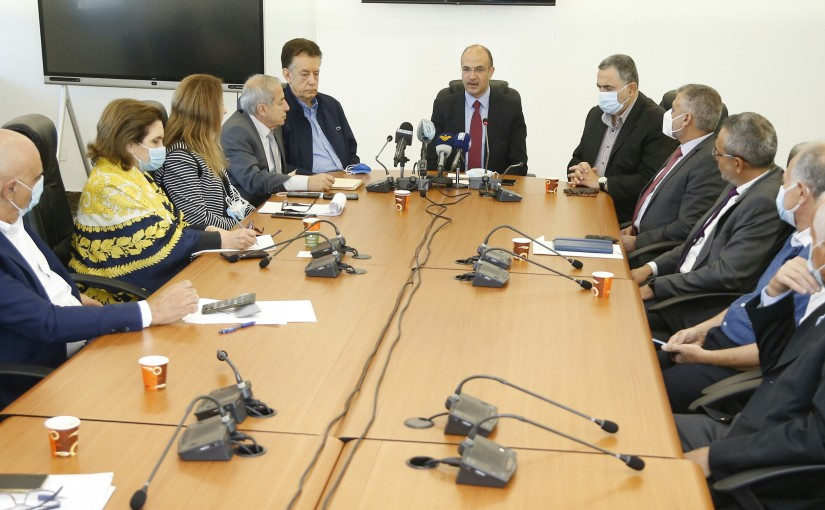 Minister Hassan Hamad meets a Delegation from Lebanese Syndicates