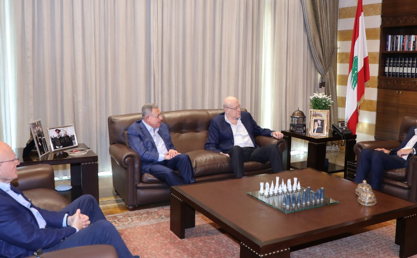 Pr Minister Saad Hariri meets a Delegation from Lebanese Formers Pr Ministers