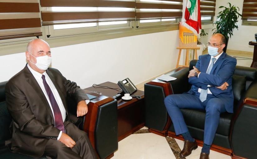 Minister Hassan Hamad meets Czech Ambassador