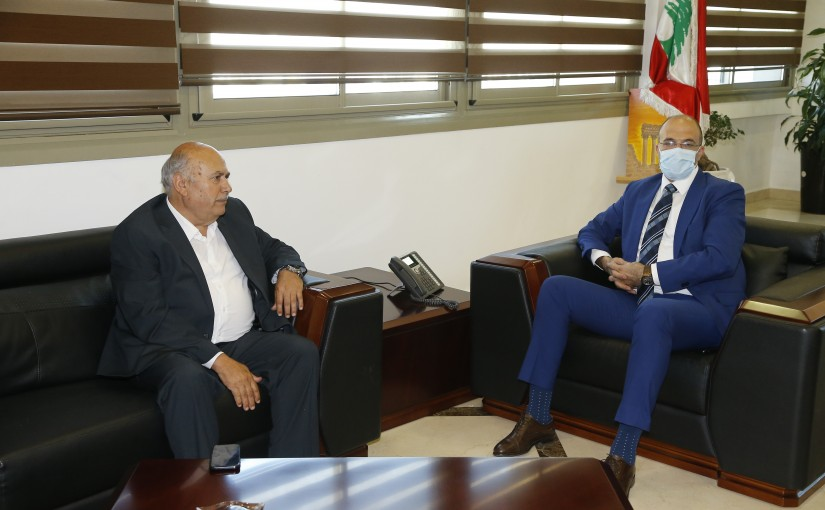 Minister Hassan Hamad meets MP Moustapha Houssein