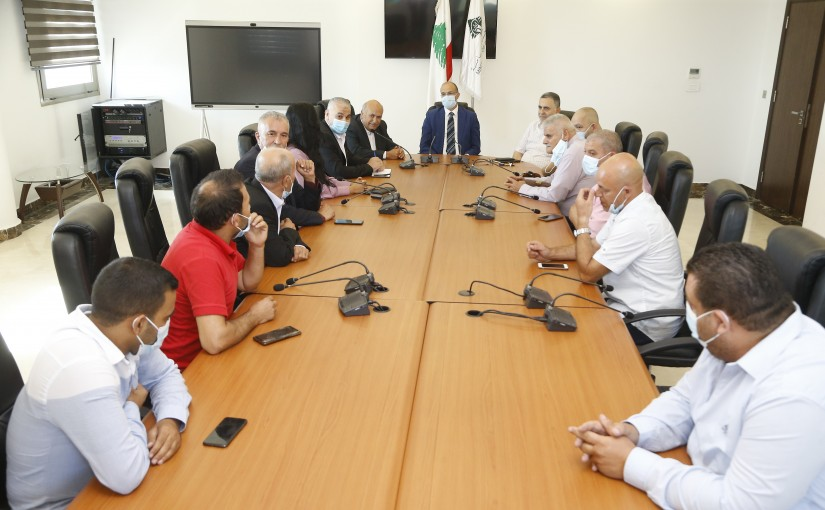 Minister Hassan Hamad meets a Delegation from Lebanese Hospital