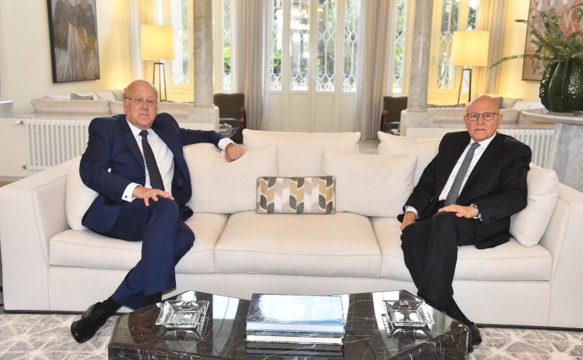 Former Pr Minister Tammam Salam meets Pr Minister Najib Mikati