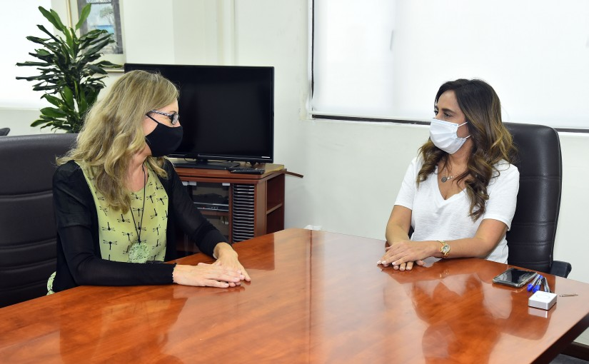 Minister Zeina Akkar meets Italian Ambassador