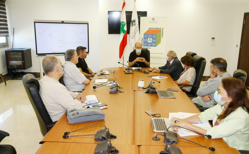 Minister Hassan Hamad meets a Delegation from Pharmacist Order