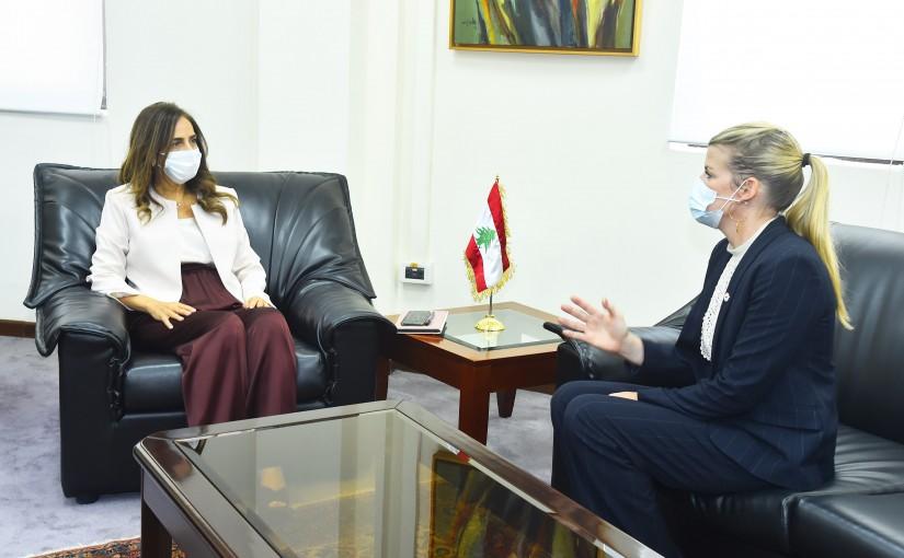 Minister Zeina Akkar meets a Delegation from Red Cross