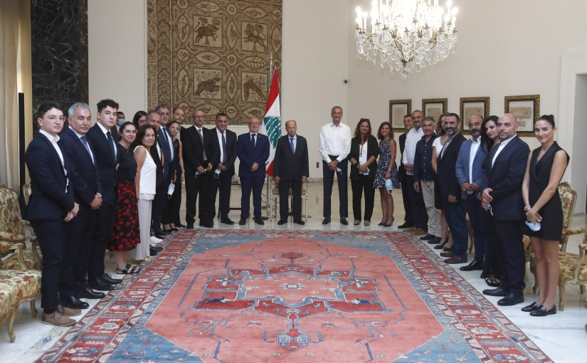 President Michel Aoun Meets a Delegation From The National Rally For Lebanon in France