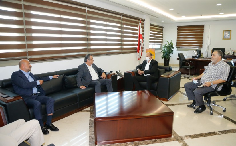 Minister Hassan Hamad meets MP Roger Azar with a Delegation