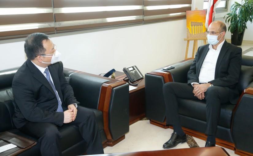 Minister Hassan Hamad meets Chinese Ambassador