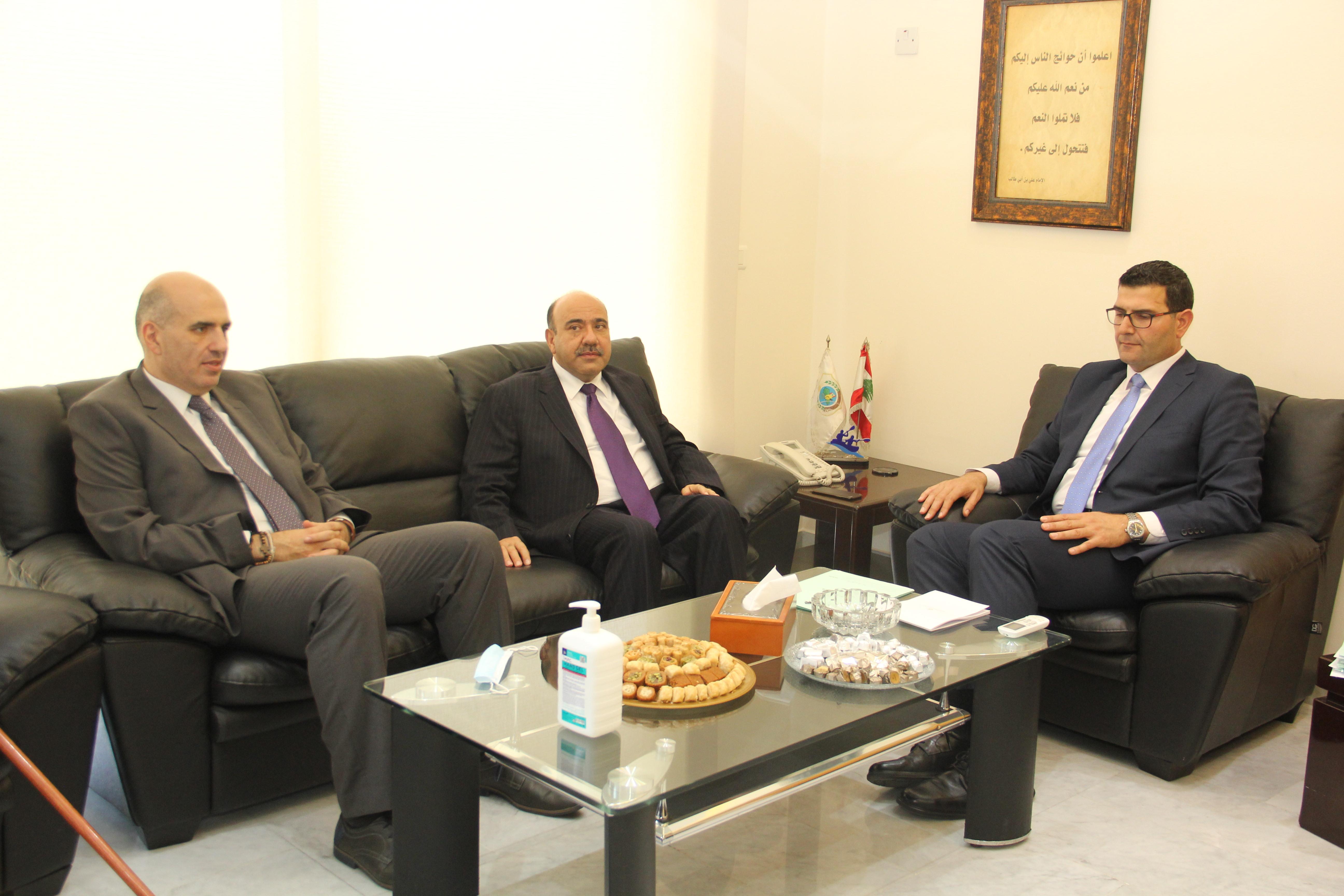 وزير الزراعة استقبل السفير الاردني