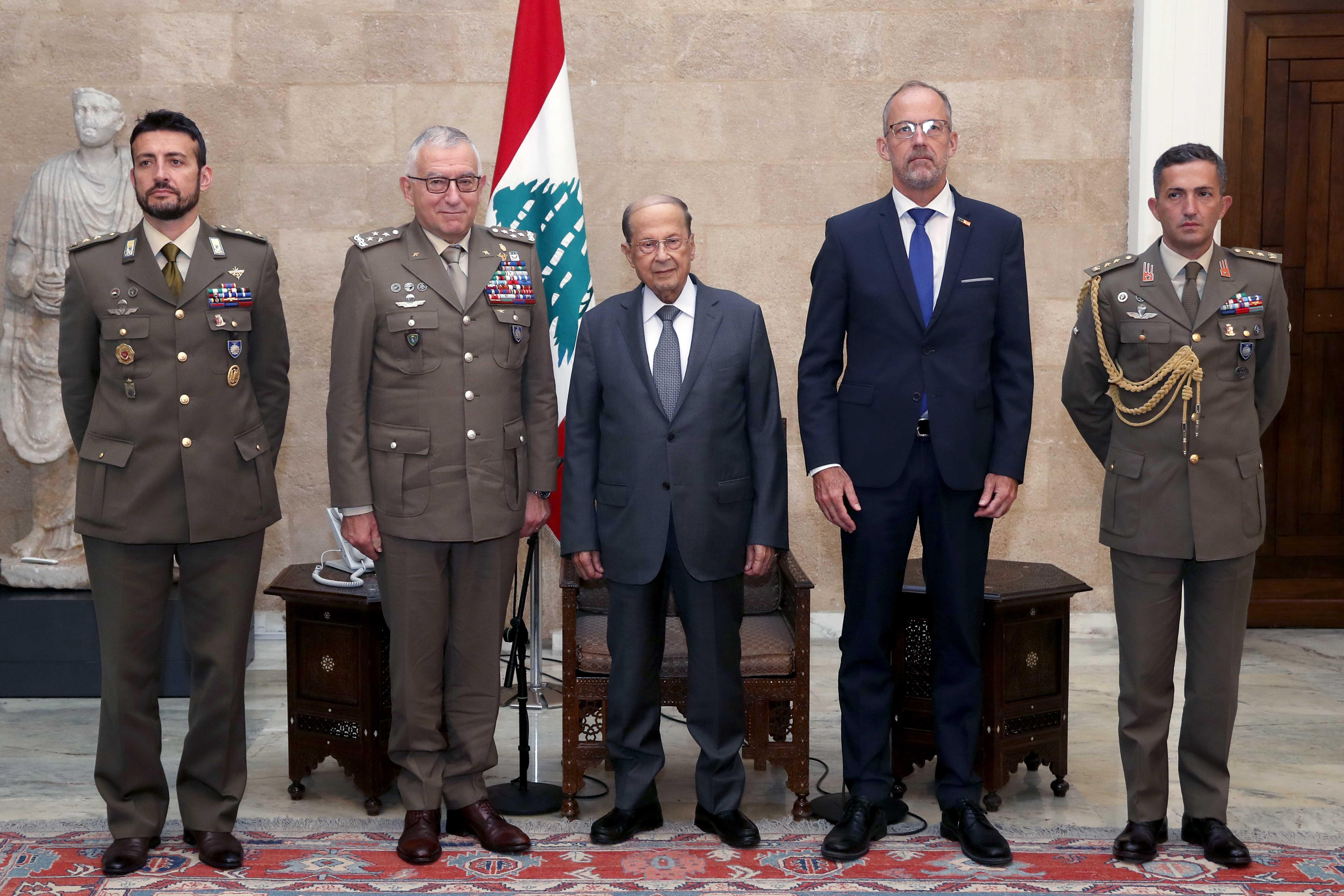 1 - General Claudio Graziano with a delegation (3) copy