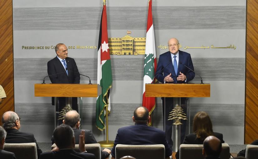 Pr Minister Naji Mikati meets Jordanian Pr Minister