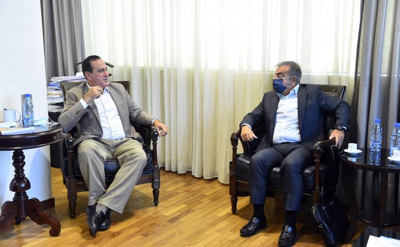 Minister Imad Heballah meets Mr Carlos Ghossen