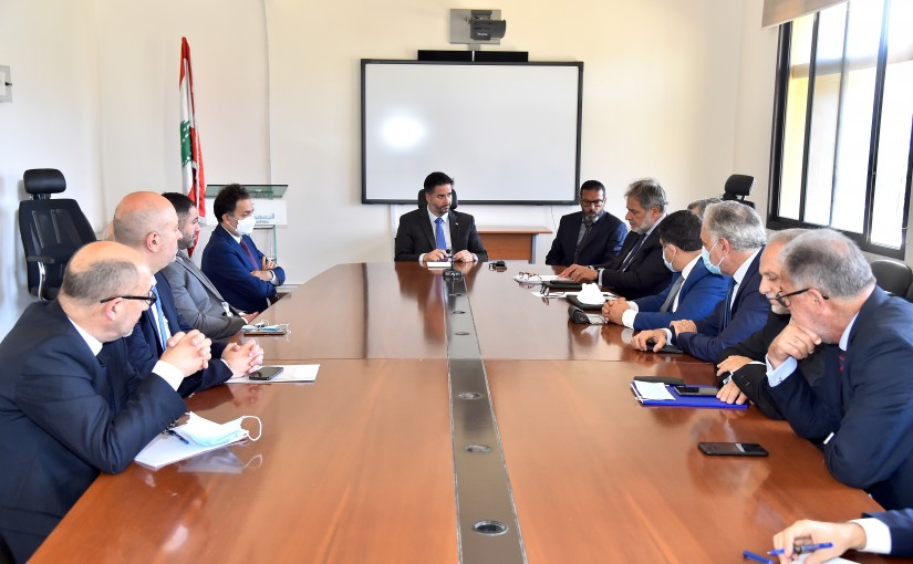 Minister Amine Salam meets a Delegation from Beirut Traders