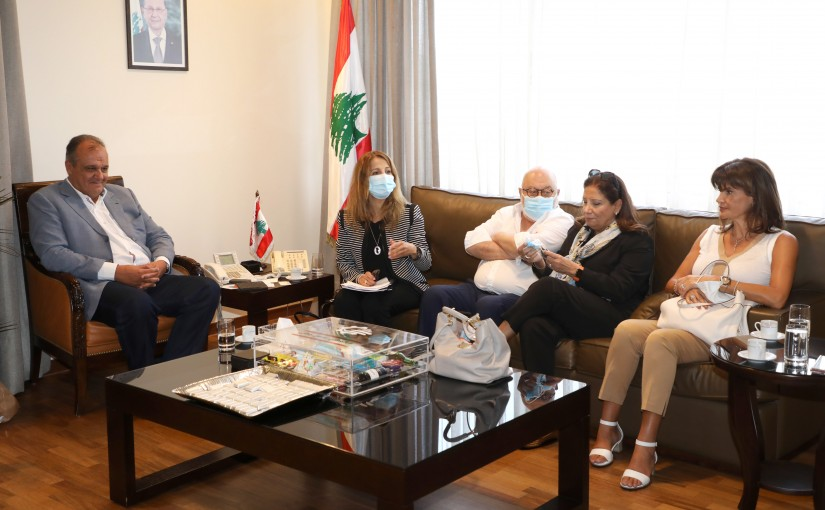 Minister George Boukachian meets a Delegation from Pharmacist Drug Factory