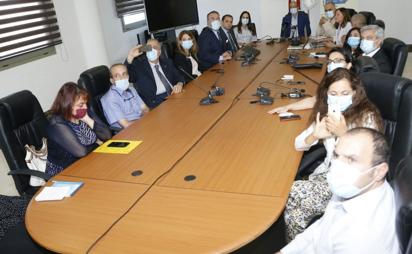 Minister Hassan Hamad meets a Delegation from Energy Drugs