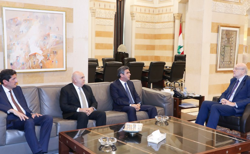 Pr Minister Najib Mikati meets a Delegation from Lebanese Forces MP