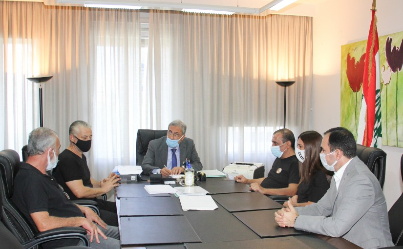 Minister Henry El-Khoury  meets the committees of the families of the victims and martyrs of the port .
