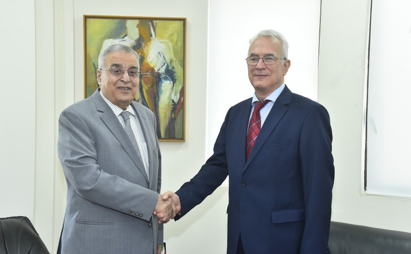 Minister Abdullah Abi Habib meets Hungarian Ambassador