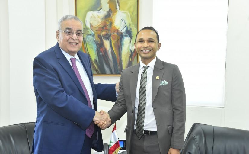 Minister Abdullah Abi Habib meets Malaysian Ambassador