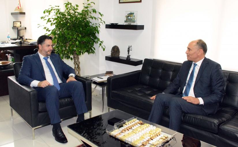 Minister Amine Salam meets Tunisian Ambassador