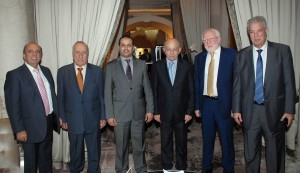 Arab Editors Honoring Emirates Ambassador  1