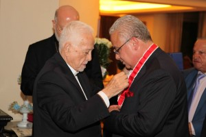 Bishop Chedraoui Honoring Mr Ghassan Skaff 1