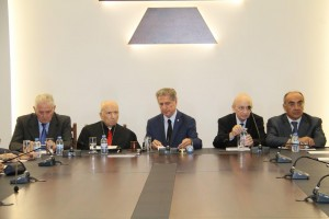 Former President Amine Gemayel Meets a Delegation From Kornet Chehwan 1