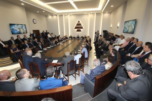 Former President Amine Gemayel Meets a Delegation From Kornet Chehwan 2