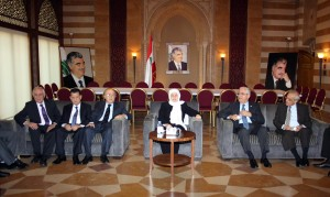 MP Bahia Hariri Meets a Delegation From Beirut Families 1