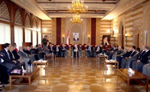 MP Bahia Hariri Meets a Delegation From Beirut Families 2