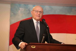 Reception Ceremony Hosted By The Lebanese Embassy in Saudi Arabia in Honors or Pr Minister Tammam Salam  2